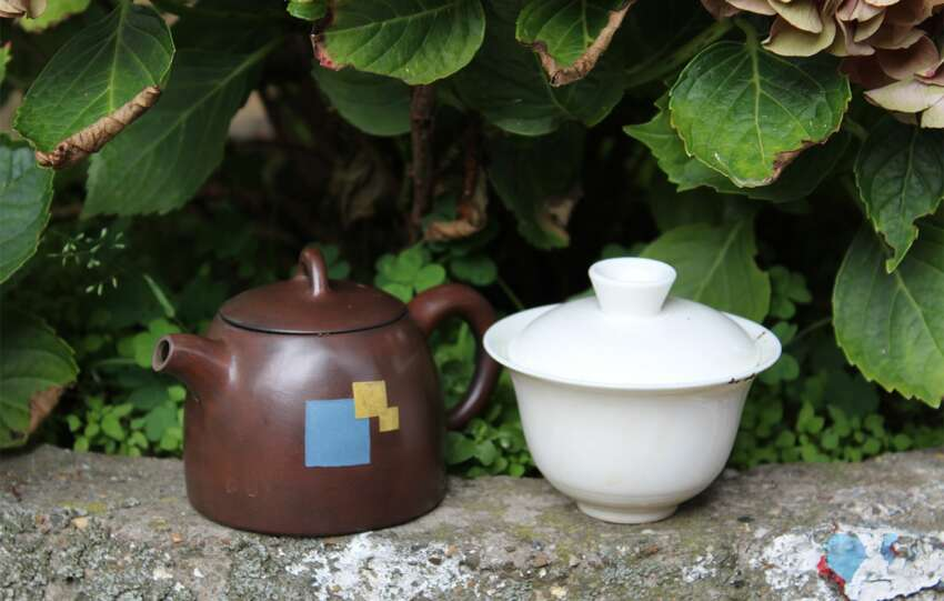 difference between clay teapot and gaiwan